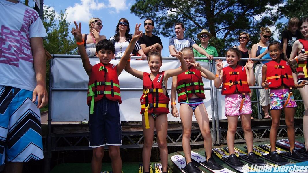 Wasserski fahren am Kindergeburtstag